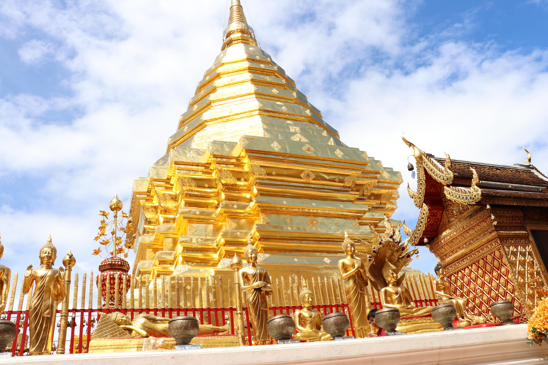 チェンマイ観光に来たら絶対外せない山のお寺ドイステープ寺院