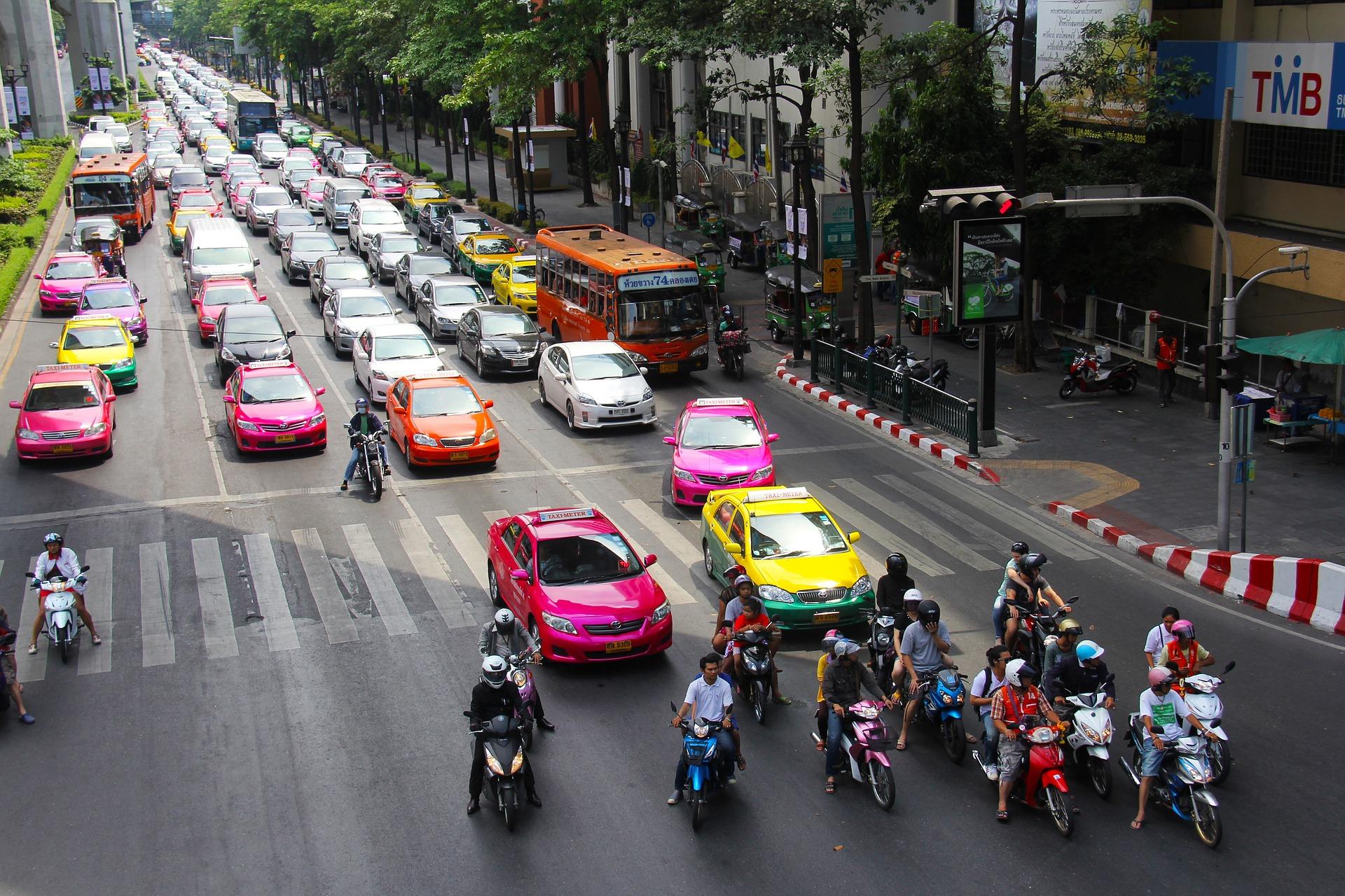 初心者でも安心!!バンコクでタクシーの乗り方について解説~